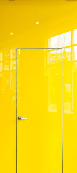 Двері прихованого монтажу скло фарбоване